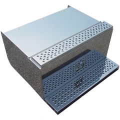 """Peterbilt 30""""L Stainless Cab Entry Battery Box"""