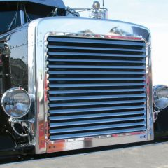 Peterbilt 379 Ext. Hood Stainless Louvered Grill
