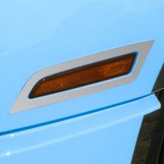 Volvo VNL Fender Signal Light Trim