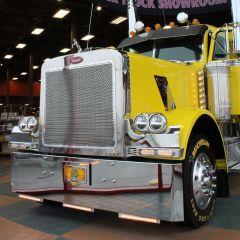"Peterbilt 378, 379 20"" Texas Square Chrome Bumper"