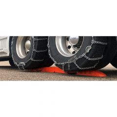 Chain 'Em Up Tire Chain Truck Ramp