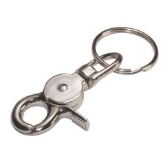 Keyring with Trigger Snap