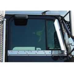 Freightliner Classic, FLD Under Window Trim With Dimples