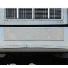 Freightliner Classic XL Triple Plate Holder and Tow-Pin Cover